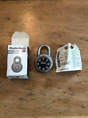Master Lock 1525 Locker Padlock Combination Dial V695 Key New Old Stock