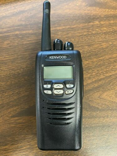 Kenwood NX300 UHF Portable