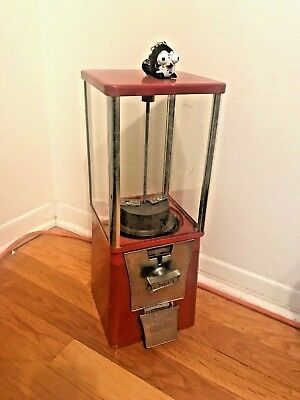 candy/ small gumball vending machine Eagle 25 cent working lock and key included (Small Gumball Machine)