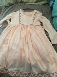 Little girls size 4 dress New Lambton Heights Newcastle Area Preview