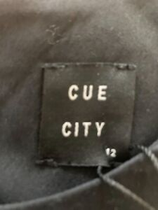 Cue dress - black and white size 12
