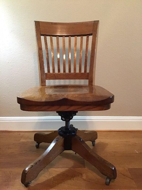 Antique 1914 Milwaukee Chair Co Office Chair Desk Swivel Chair Medium Oak