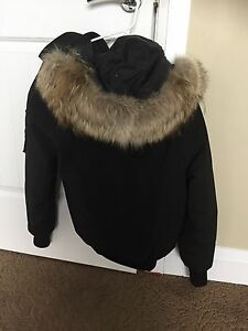 Authentic Canada Goose ladies Chilliwack jacket for sale.  Edmonton Edmonton Area image 10