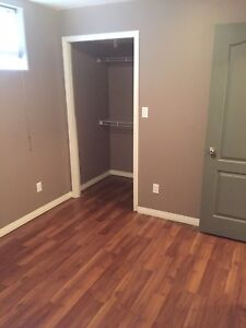 Room for Rent in Sylvan Lake Available Oct 1st.