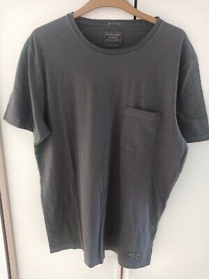 ABERCROMBIE AND FITCH MEN'S ICON POCKET TEE COLOUR GREY SIZE XL