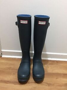 Navy Blue Hunter Boots - Size 6