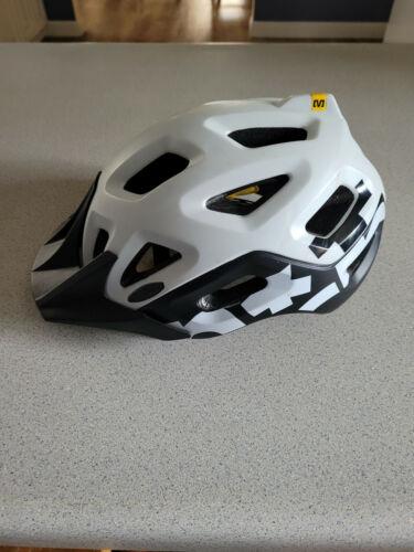 Mavic Notch Bicycling Mountain Bike Cycling  Helmet used