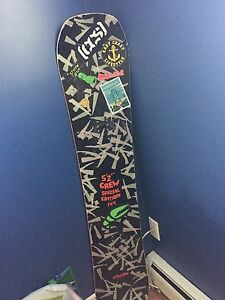 """Bataleon disaster 5'2"""" special edition snowboard"""
