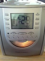 TIMEX INDIGLO Nature Sounds Stereo CD Clock Radio w/ Digital tuning Pre-Owned.