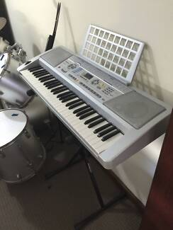 Digital piano keyboard and stand Floreat Cambridge Area Preview