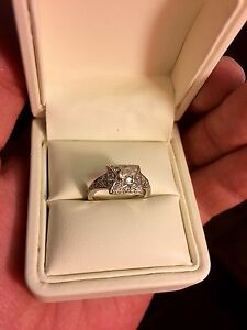 White gold Engagment Ring