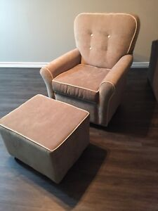 Gliding chair with gliding ottoman
