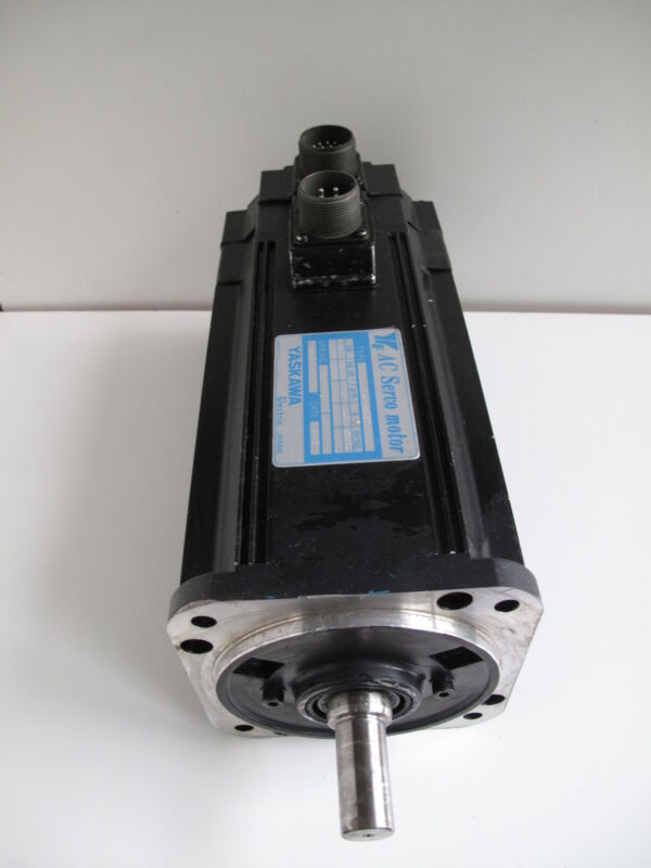 YASKAWA USAMED-06-TX11 Servo Motor