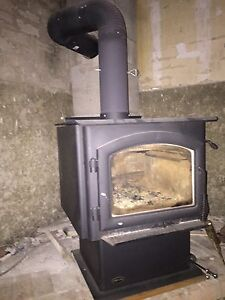 Quadra wood stove