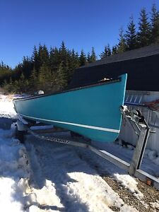 14 foot Daivd smith outboard 20 hp Yamaha motor and trailer