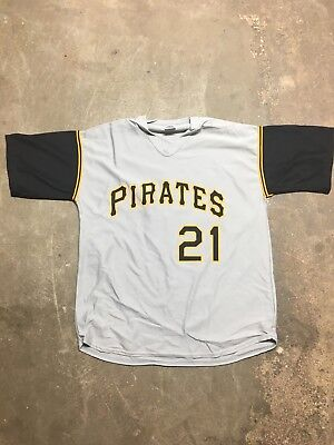 - Roberto Clemente Jersey Pittsburgh Pirates Brand New XL