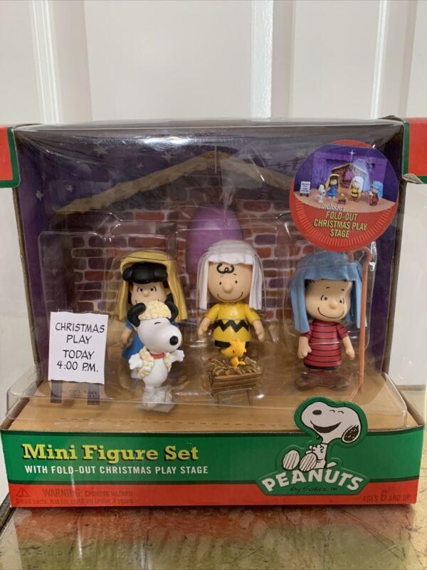 PEANUTS CHRISTMAS PLAY MINI FIGURE SET, 2012 NIB