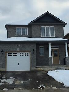 Brand New 3 Bedroom Detached House for Rent in South Barrie