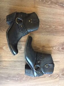 Black Ankle Boots from Town Shoes, 8.5