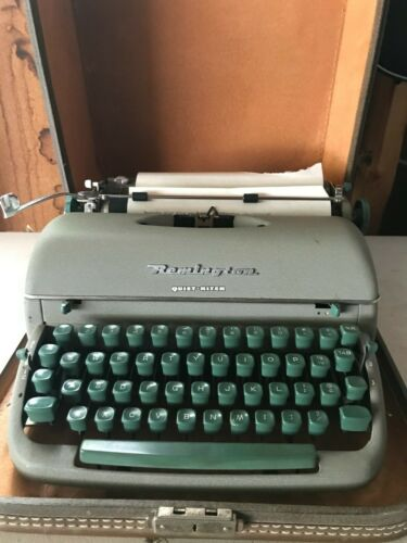 Antique Remington typewriter Quiet Riter in original case - great keys - Works!