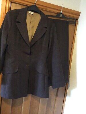 Ladies Trouser Suit Brown Pinstripe Size 16/18 Select