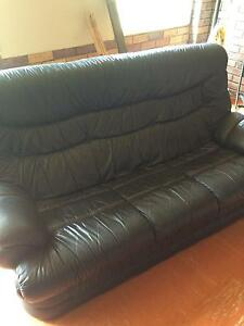 Leather Lounge Suite Warana Maroochydore Area Preview