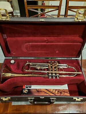 Besson 609 Trumpet in a nice case