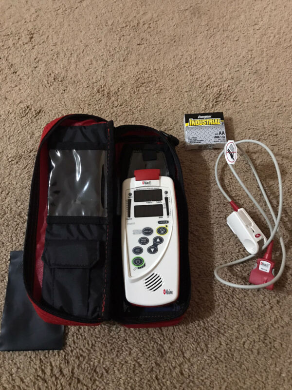 Masimo Rad 57 Pulse CO-Oximeter Handheld. SpCO Option. Carrying Case Included