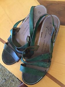 Green leather sandals - in need of repair / Bellevue Heights Mitcham Area Preview