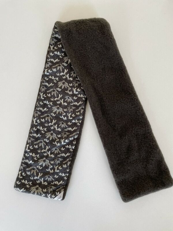 MAKiE Makié Clothier NY Grey/Brown floral Fleece and Cotton Scarf