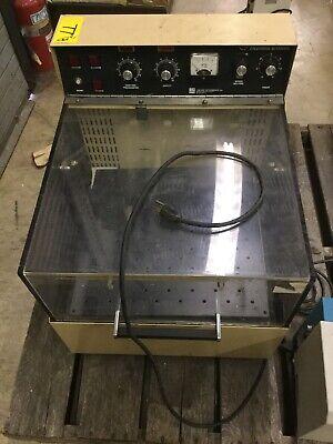 Lab-line 3527 Bench Top Orbital Environ Shaker Incubator
