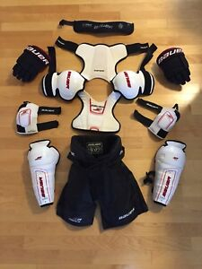 Like New - Youth Size S Bauer Hockey Equipment