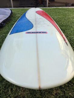 7'2 Mini Mal surfboard in excellent condition