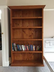 Solid pine beautifully crafted large bookcase Murrumbeena Glen Eira Area Preview