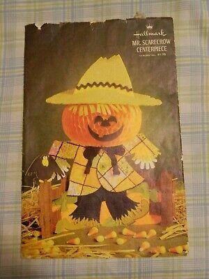 "HALLMARK MR. SCARECROW CENTERPIECE 13"" Tall Halloween Decor EUC"