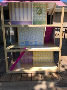Doll house with furniture