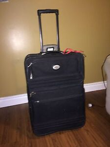 Medium Size suitcase - Good Condition - NEED GONE