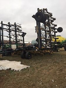 2010 seedmaster 50-12 with JD 270 & 430
