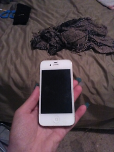 Perfect Condition - No Scratches or mark on white iPhone 4. Keilor Lodge Brimbank Area Preview