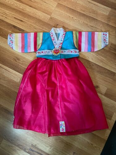 Girl's Korean Hanbok Dress, Fits size 2T, Excellent Used condition