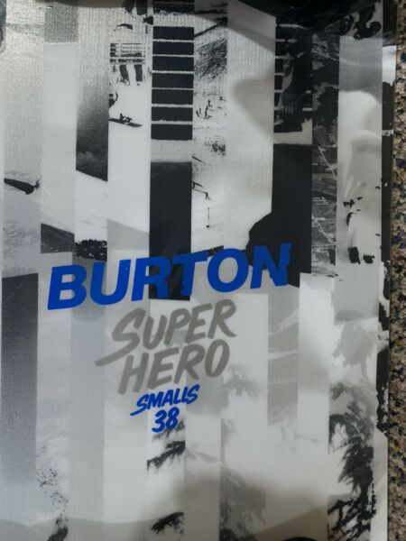 Burton superhero small 38