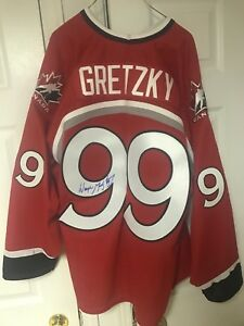 ONE OF A KIND AUTORGAPHED TEAM CANADA GRETZKY JERSEY