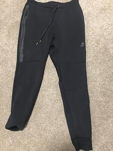 Genuine Nike Track Pants - Medium Meadows Mount Barker Area Preview