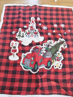 NWT DISNEY Christmas Holiday Buffalo Plaid Polar Fleece Blanket Throw Mickey