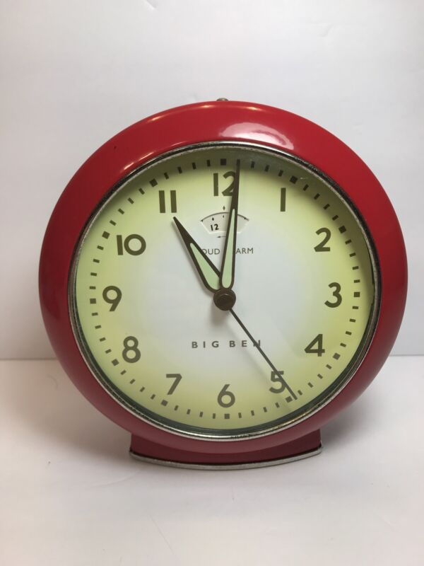 """RED BIG BEN Retro """"LOUD ALARM"""" Clock Battery Operated Works Great,Battery Includ"""