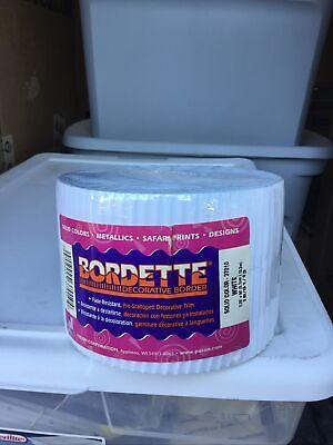 Bordette Decorative Pre-Scalloped Border White Pacon Made in USA