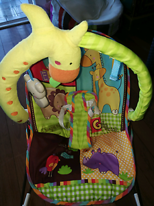 Fisher price luv u zoo baby rocker Strathpine Pine Rivers Area Preview