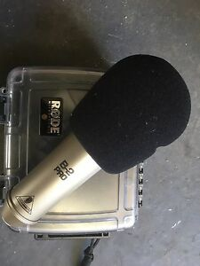 B2 Pro condenser microphone Katoomba Blue Mountains Preview
