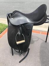 Tekna Dressage Saddle Pottsville Tweed Heads Area Preview