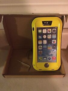 iPhone 5s waterproof shockproof and dust proof case  Edmonton Edmonton Area image 1